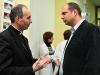 Inkubátort adományozott a Katolikus Karitász a PTE-nek