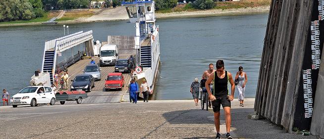 Megdőlhet a valaha mért legkisebb vízállás a Dunán Mohácsnál, tovább apad a folyó