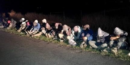 Két év tíz hónapra ítéltek Mohácson egy migránsokat szállító embercsempészt