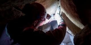 Négy órára barlangban rekedt egy eltévedt túrázó