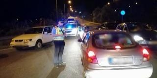 Illegális gyorsulási versenyen razziáztak a rendőrök