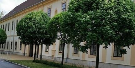 Zavartalan az oktatás a mohácsi gimnáziumban, nem találtak újabb fertőzöttet