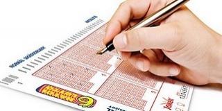 Telitalálat! Valaki elvitte a hatos lottó főnyereményét