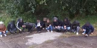 Tizenegy migránst kapcsoltak le a határvédők Újmohácson