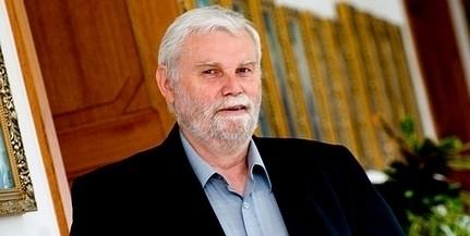 Mellár Tamás Tóth Bertalannal szónokolt az MSZP-kongresszuson