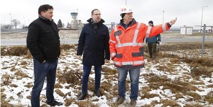 Elkezdődött a pogányi repülőgépgyár építése, ötmilliárd forintba kerül a beruházás