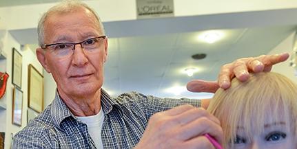 Volt válogatott, megjárta a világbajnokságot is a pécsi fodrászkirály, Szél István