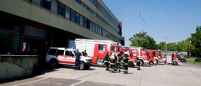 Több mint hárommilliárd forintból épülhet meg a két új pécsi tűzoltólaktanya