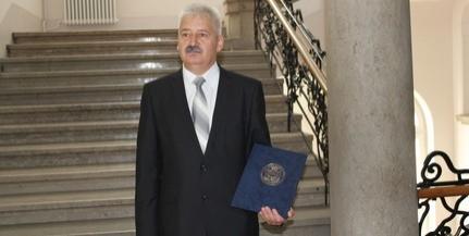 Szalontai Csongor vehette át a Csikor Kálmán-díjat, Pécs közbiztonsági díját
