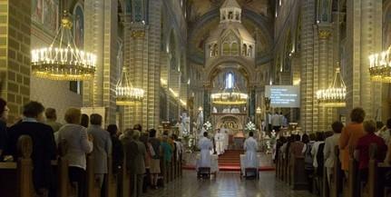 Papszentelést tartanak a Pécsi Egyházmegyében