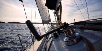 Teljes gőzzel előre: hétvégén a Balaton-átúszás mellett átevezés és vitorlásviadal is lesz