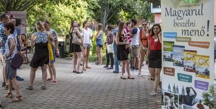 A világ minden tájáról érkező, csaknem száz diák tanul magyarul a PTE Nyári Egyetemén