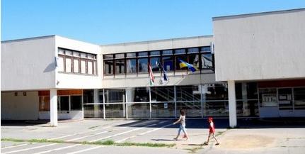 Elköltözik a tanév kezdetéig az Árpád Fejedelem Gimnázium és Általános Iskola