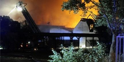 Leégett az éjszaka a Hűvösvölgyi Vigadó épülete