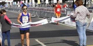 A PVSK versenyzője, Szabó Tünde nyerte meg a Budapest Mararatont