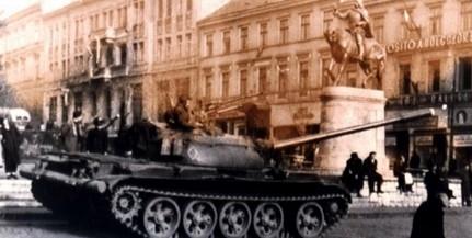 Pécsett kedden délelőtt, a Színház téren kezdődnek az '56-os megemlékezések