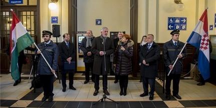 Ismét közlekednek vonatok Pécs és Eszék között