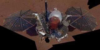 Elkészítette első szelfijét az InSight űrszonda a Marson