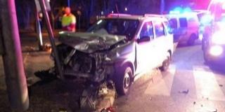 Kisteherautó és személygépkocsi ütközött össze Pécsett