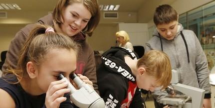 Megkezdődött az élményekben gazdag tanulás a Pécsi Állatkertben