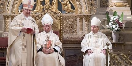 Harmincéves püspöki jubileumot ünnepelt Mayer Mihály és Várszegi Asztrik bencés szerzetes