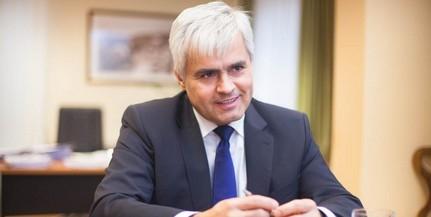 Kitüntették a PTE kancellárját, Jenei Zoltánt