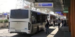 Ünnepi hétvége: már csütörtöktől változik a helyi- és a távolsági buszok menetrendje