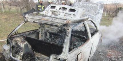 Kigyulladt és porig égett egy kocsi Szigetváron