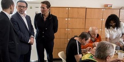 Őri László: Pécsett az összes, a támogatást elfogadó hajléktalannak tudnak segíteni