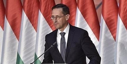 Varga Mihály: a gazdasággal együtt nőttek a keresetek