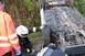 Árokba hajtott és felborult egy személyautó Komlón