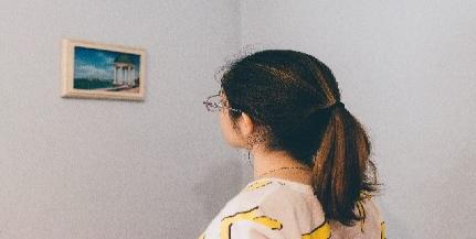 A Hattyúházban láthatók a PTE tervezőgrafikusainak munkái