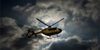 Súlyos baleset történt Komlón, mentőhelikopter érkezett