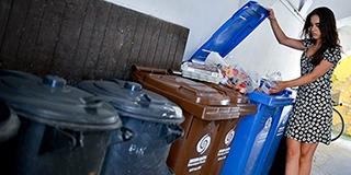 Egyre többen válogatják külön a hulladékot - Tovább bővül a szelektív gyűjtés rendszere