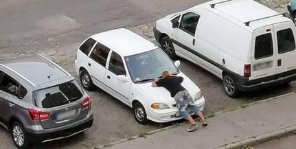 Autóval szexelt egy idióta Pécsett, a megdöbbent lakók nem mertek közbelépni