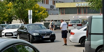 Az agresszív kéregetők miatt szigorít a közterület-felügyelet a Centrum parkolónál