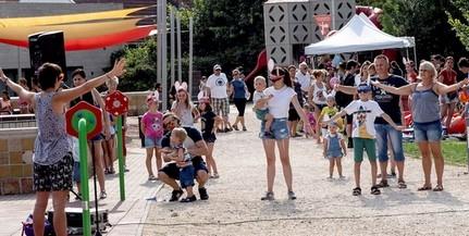 Kilenc új, különleges játékkal bővült a Zsolnay Kulturális Negyed játszótere