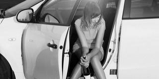 Becsápolt három liter bort, karambolozott, aztán elaludt egy nő a volánnal