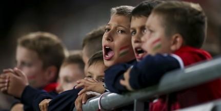 Mintegy 15 ezer gyerek szurkol a zárt kapus mérkőzésen