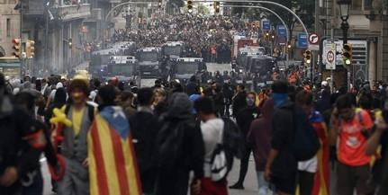 Több mint félmillióan vonultak utcára Barcelonában