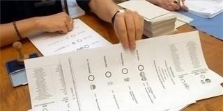 Ismét választást tartanak Komlón és Pettenden