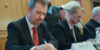 Nyílt levelet írt a Fidesz-frakció Nyőgéri cégügyei miatt Péterffy Attilának