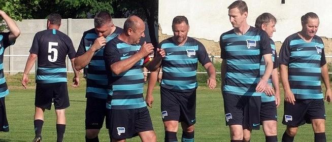 Teremtornán láthatjuk Pécsett a legendás focistákat a PMSC Öregfiúk Egyesület szervezésében