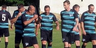 Teremtornán láthatjuk Pécsett a legenadás focistákat a PMSC Öregfiúk Egyesület szervezésében