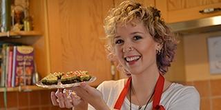 Nincs még ötlete, milyen édességet készítsen karácsonyra? A pécsi bloggerlány segít - Videó!