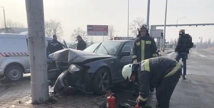 Három balesethez is vonulniuk kellett a tűzoltóknak