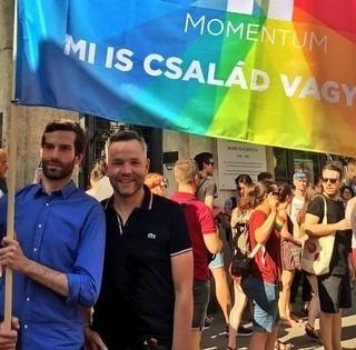 Közmeghallgatást kezdeményez Kővári János a pécsi homoszexuális felvonulásról - Aláírásokat gyűjtenek
