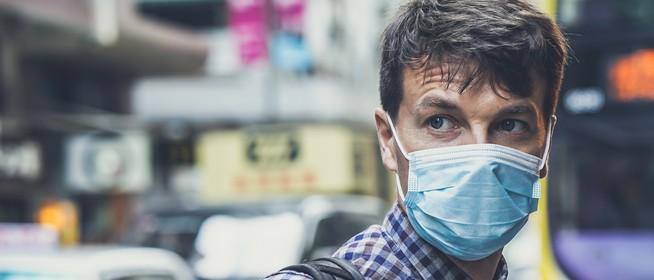 Pécsi virológus: nem véd a koronavírus ellen, ezért ne használjon szájmaszkot, aki egészséges!