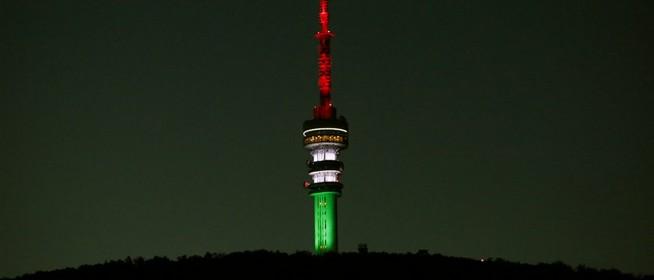 Nemzeti színekbe borul a tv-torony, a kommunizmus áldozatai előtt tisztelegve