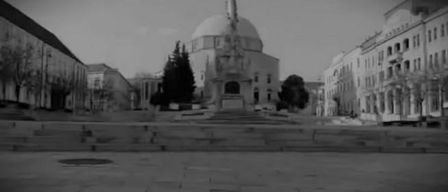 Félelmetes, kísérteties hangulatot áraszt a teljesen kiürült Pécs - Videó